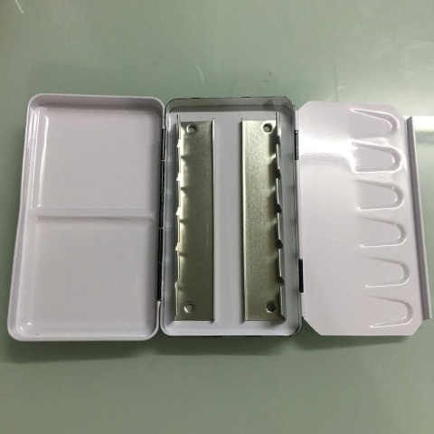 Empty Lightweight Metal Palette Box